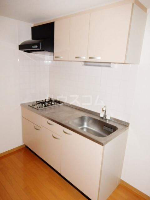 クレスト高円寺 203号室のキッチン
