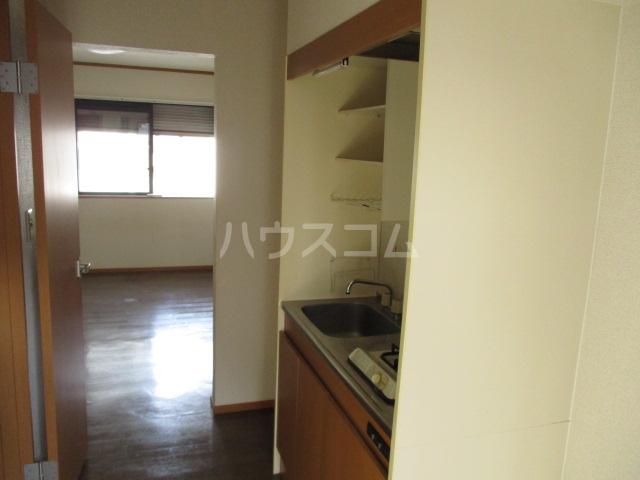 メゾンビフォア 207号室のキッチン
