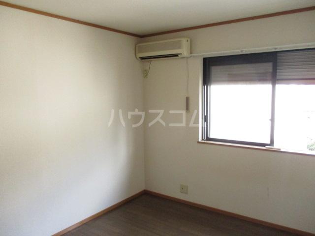 メゾンビフォア 207号室の居室