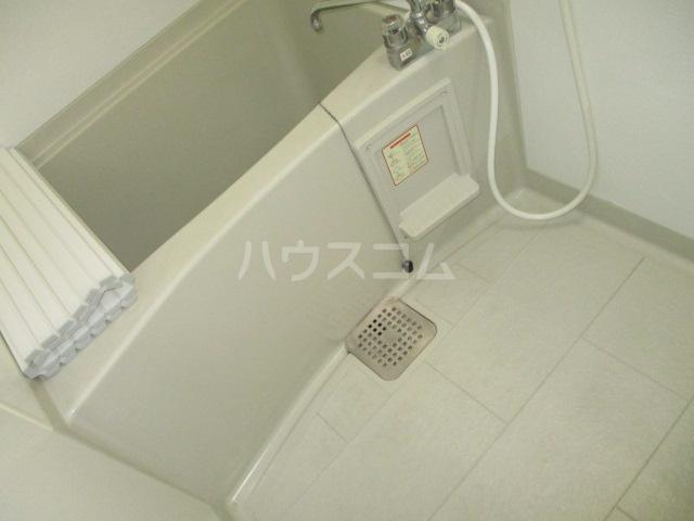 グリシーヌ 105号室の風呂