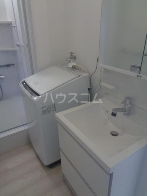 メゾンミンミンA 203号室の洗面所