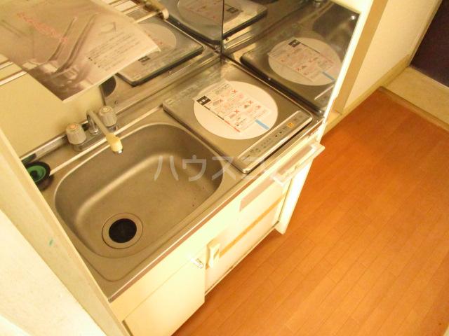 本千葉第6レジデンス 105号室のキッチン