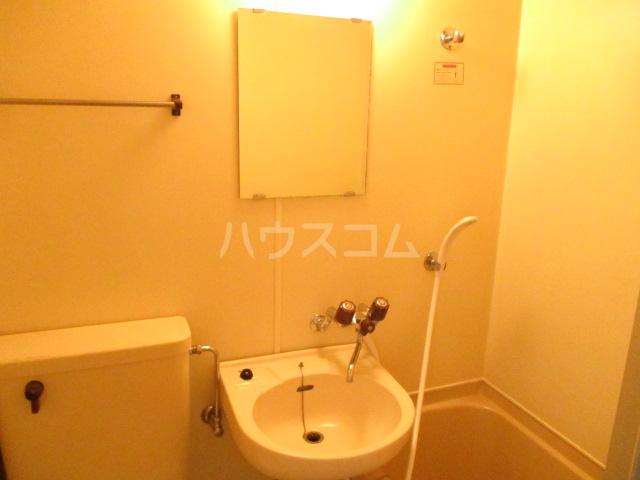 本千葉第6レジデンス 105号室の洗面所