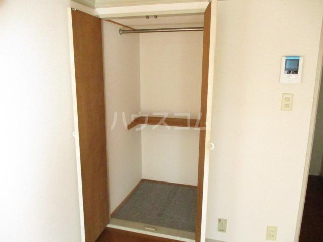 本千葉第6レジデンス 105号室の収納