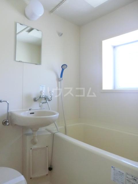 彩都ハウス 101号室の洗面所