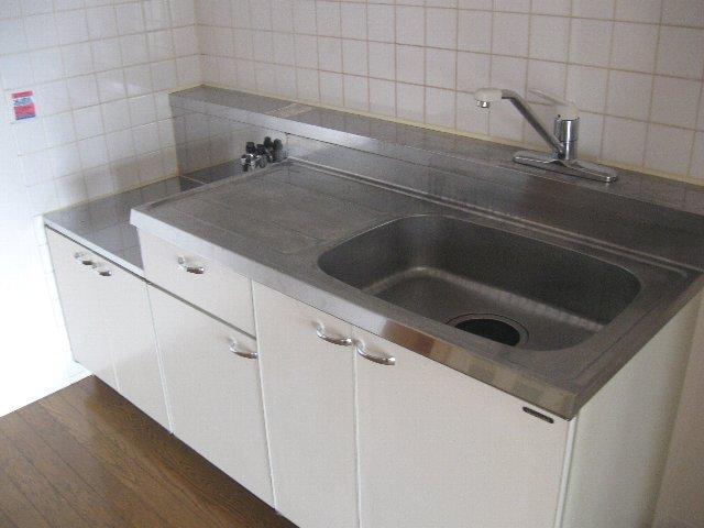 ウッドサイド浦和 503号室のキッチン