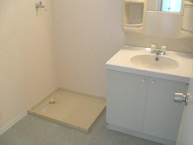 ウッドサイド浦和 503号室の洗面所