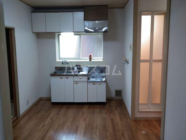 アサマ・ドリームハイツ 202号室のキッチン