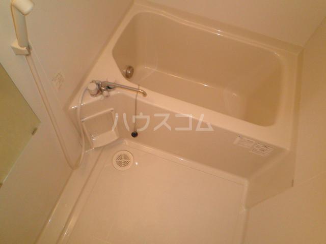 パールブライト根岸 101号室の風呂