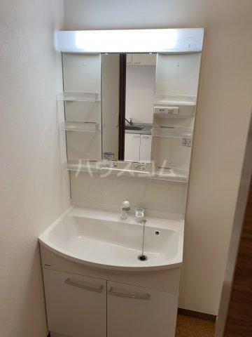 中尾コンセプトハウス B104号室の洗面所