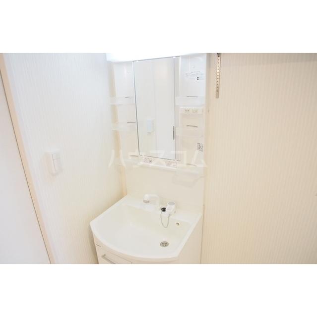 ガーデンヒルズ鈴谷 0302号室の洗面所