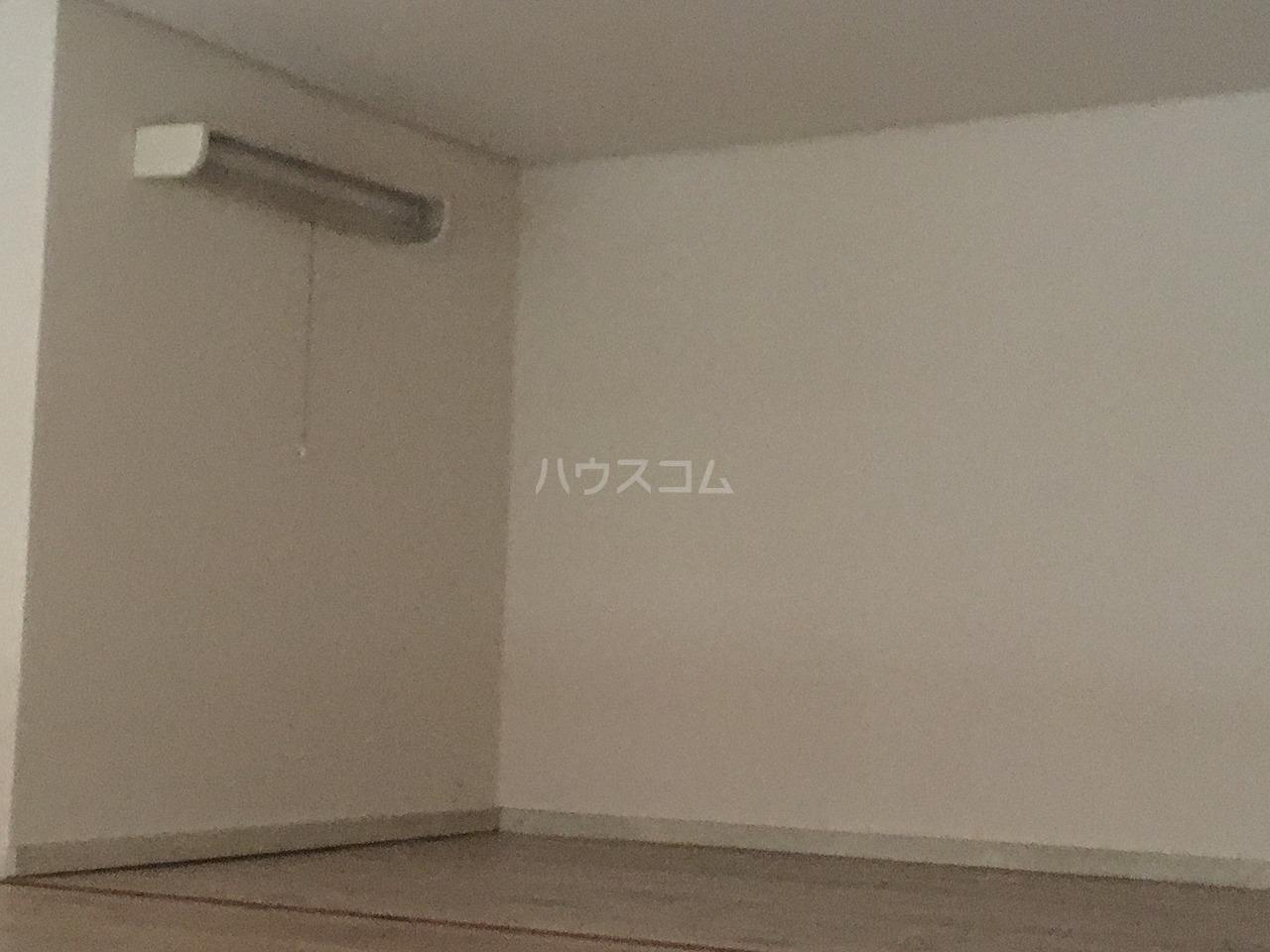 サンヴィレッジⅢ 103号室の居室