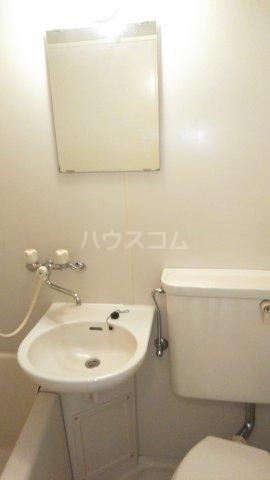 ウィンベルソロ新小岩第2 506号室の洗面所