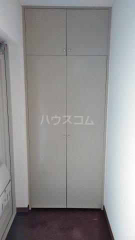 エメラルドマンション 202号室の収納