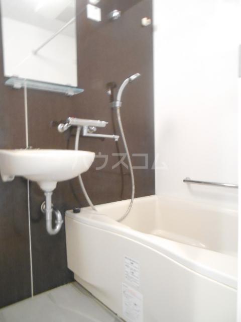 スカイコート新小岩 1005号室の風呂