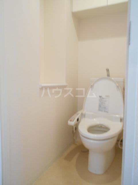 スカイコート新小岩 1202号室のトイレ