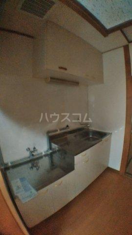 ピュアハウス市川 3号室のキッチン