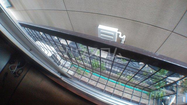 ピュアハウス市川 3号室のバルコニー