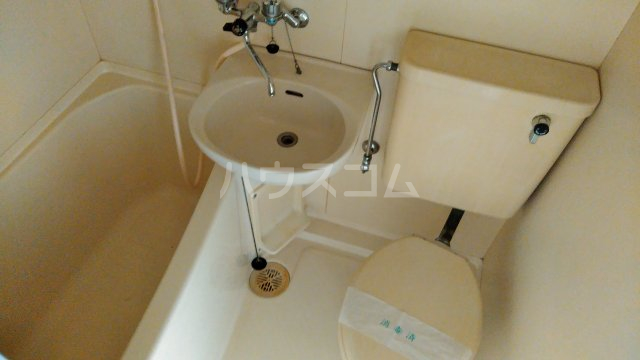 ジュネス田口 402号室の風呂