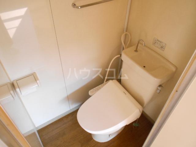 浅井ビル 303号室のトイレ
