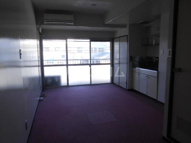 浅井ビル 305号室の居室