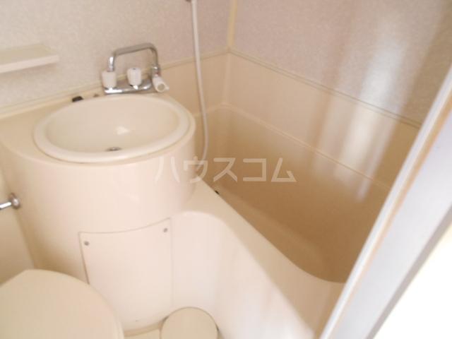 浅井ビル 305号室の風呂
