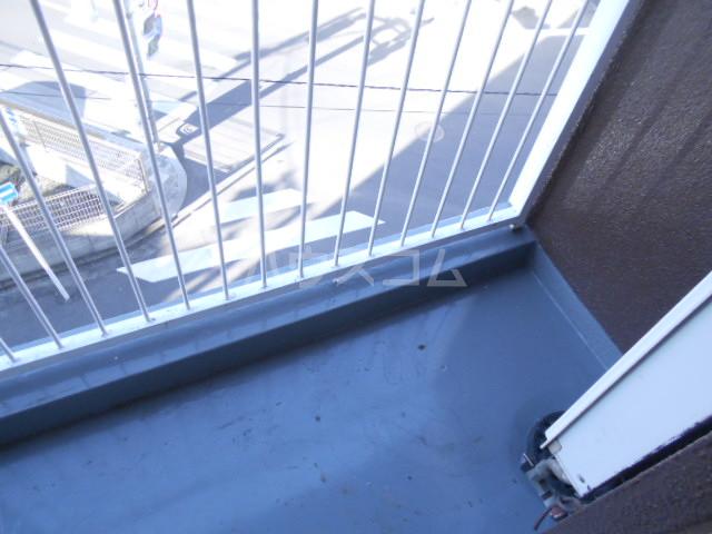 浅井ビル 305号室のバルコニー