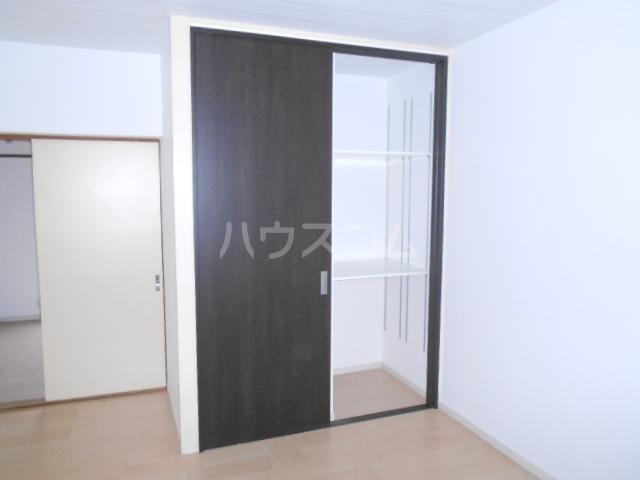 KMハイツ 103号室の収納