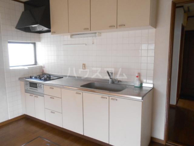 中1丁目貸家 201号室のキッチン