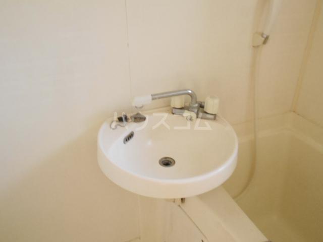 グリーンエイト F号室の洗面所