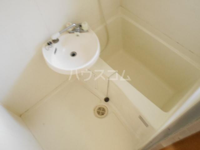グリーンエイト F号室の風呂
