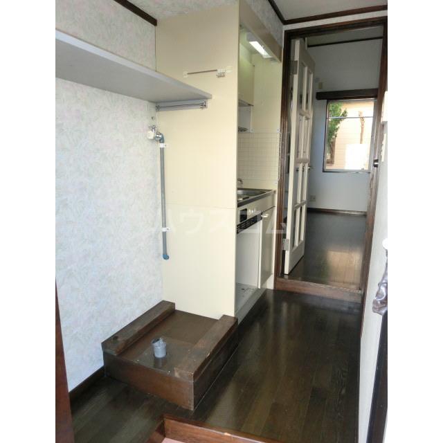 アイビーハウス 203号室の玄関