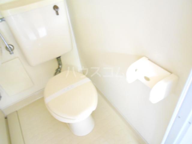 シャルム国立 203号室のトイレ