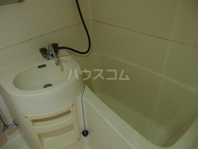 日生ハイム 102号室の風呂