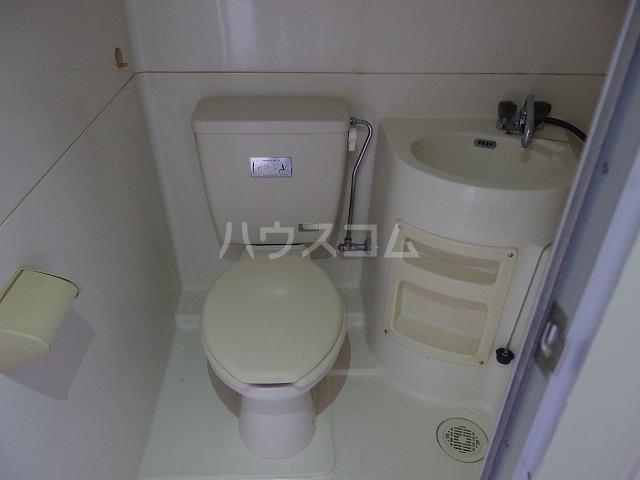 日生ハイム 102号室のトイレ
