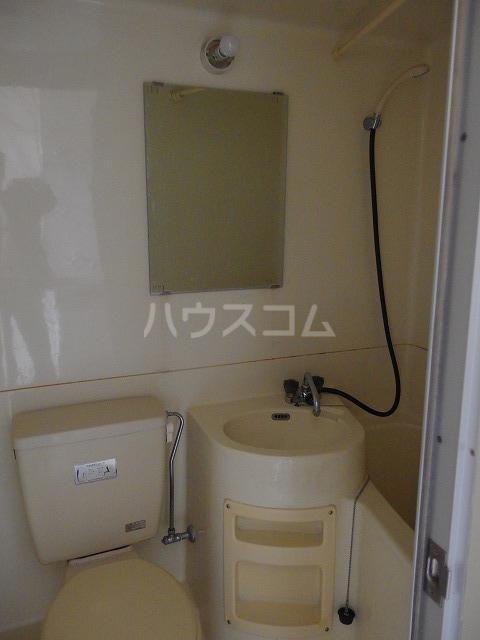日生ハイム 102号室の洗面所