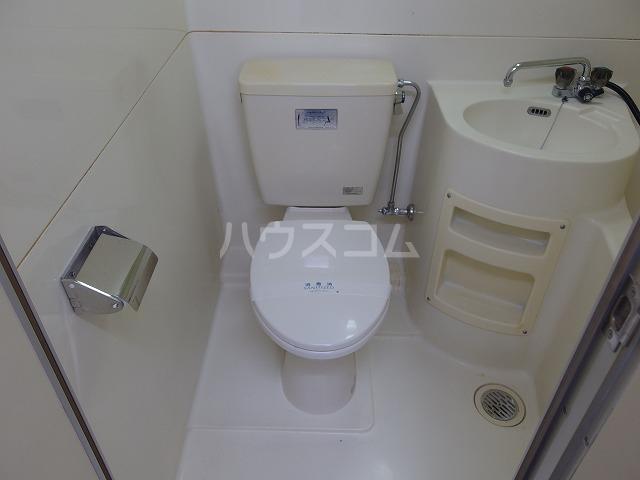 日生ハイム 105号室のトイレ