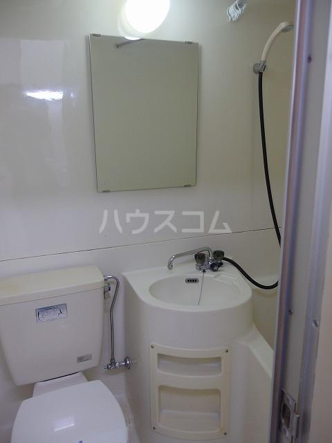 日生ハイム 105号室の洗面所