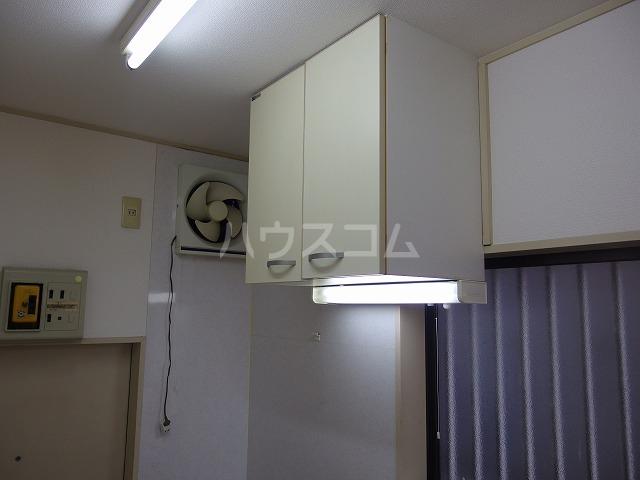 日生ハイム 105号室のキッチン