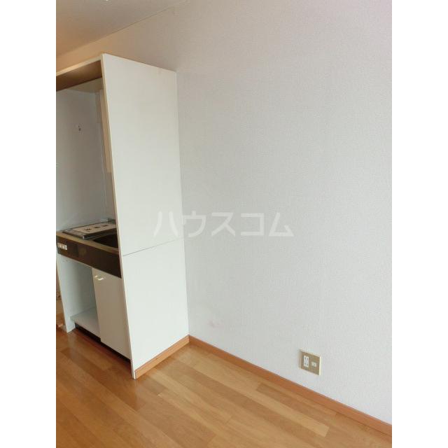 メゾン・ド・ラフィーネ 103号室のキッチン