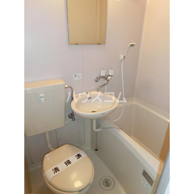 メゾン・ド・ラフィーネ 103号室のトイレ
