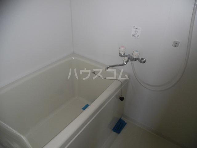 フォーサート立川 402号室の風呂