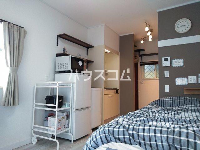 ニュースハイツ 201号室の居室