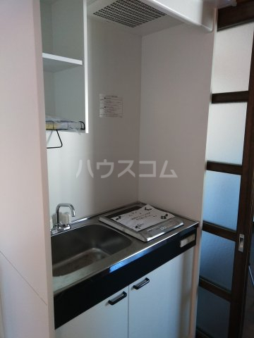 アップルハウス相武台 205号室のキッチン