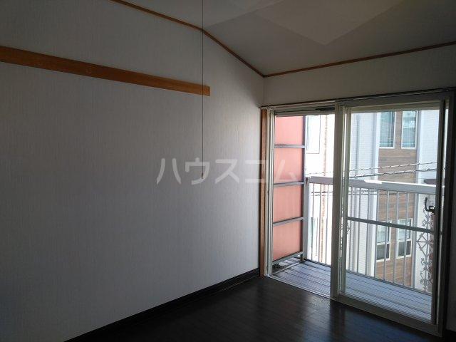 アップルハウス相武台 205号室のベッドルーム