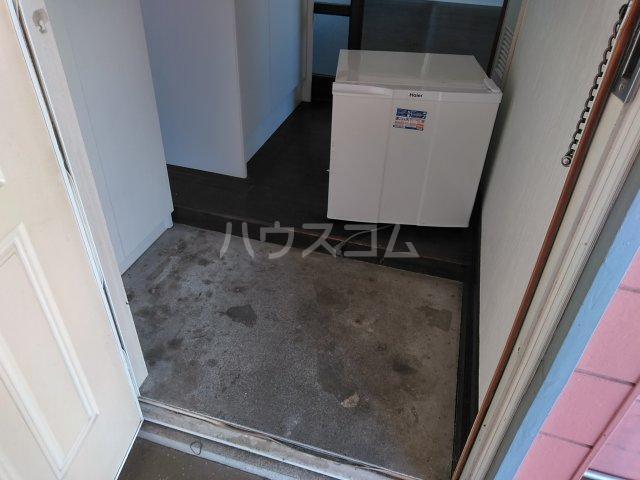 アップルハウス相武台 205号室の玄関
