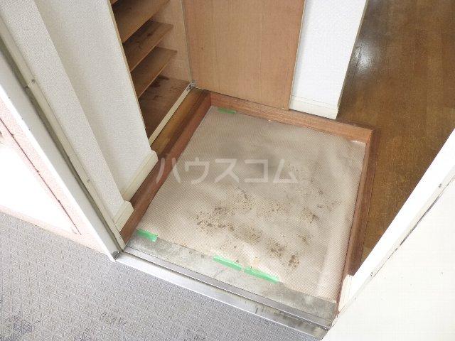 シルキー東林間 208号室の玄関