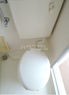 プレール中野Ⅱ 302号室のトイレ
