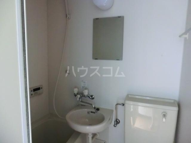 コーポ星野 102号室の洗面所