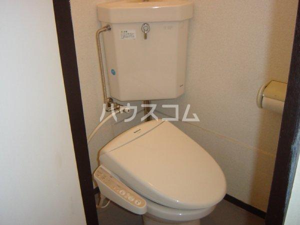 メゾン新川口東棟 201号室のトイレ